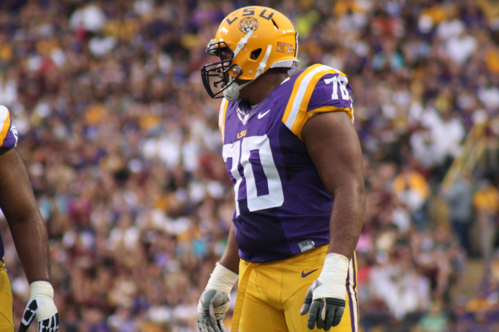 LSU Collins doing his job on the O Line