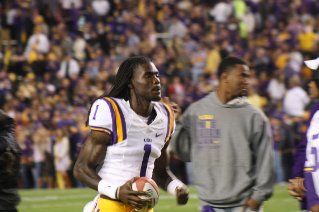 LSU Quantavius Leslie runs out on the field for Senior Day