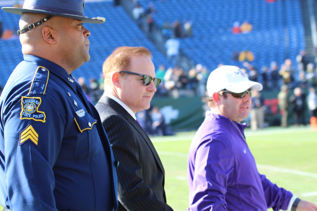 Coach Les MIles  getting ready for the Music City Bowl.