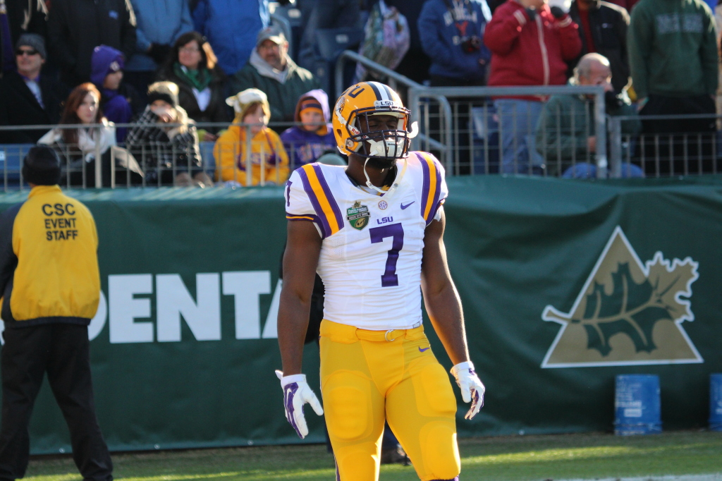 LSU Fournette waiting to receive the kickoff, which Fournette return a kickoff for 100 yards in the Music City Bowl against Notre Dame.
