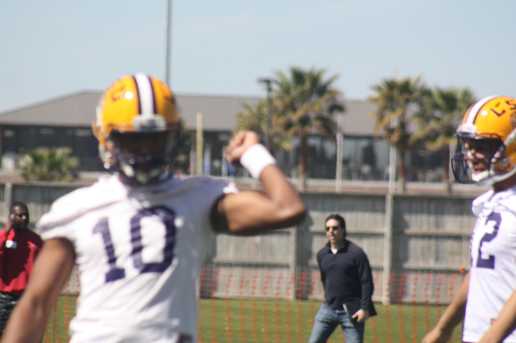 QB Jennings doing some throw techniques.