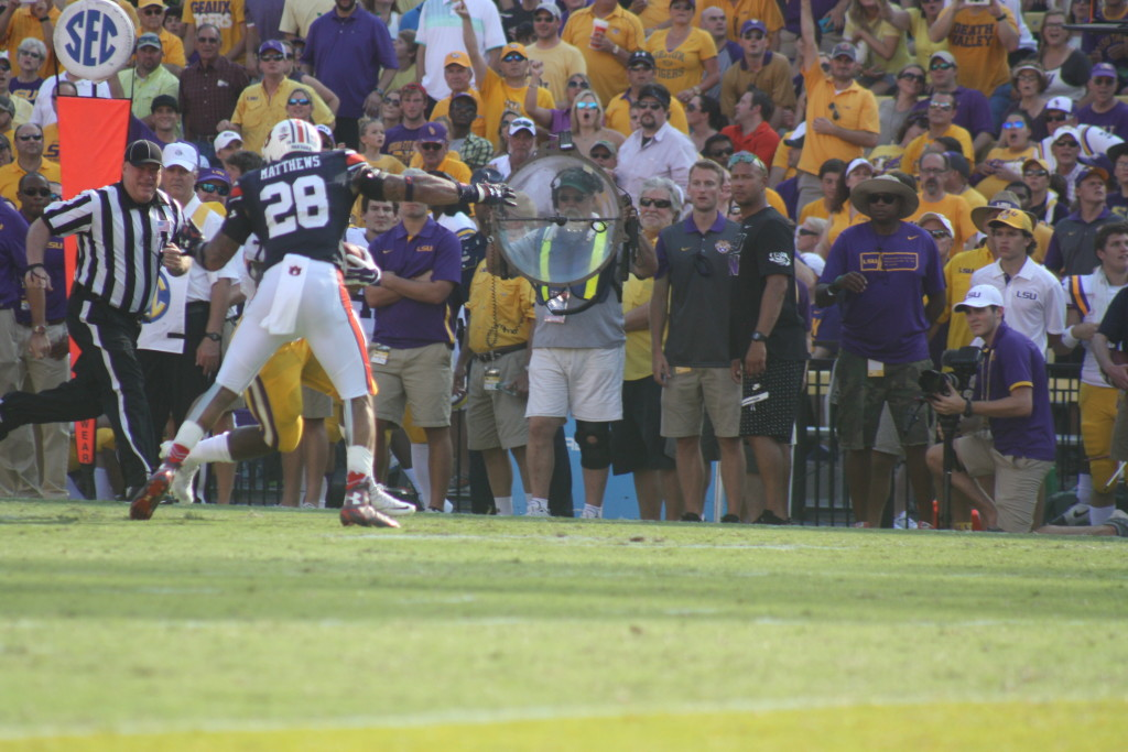 There goes Auburn cb Countess, airborne trying to tackle Fournette.