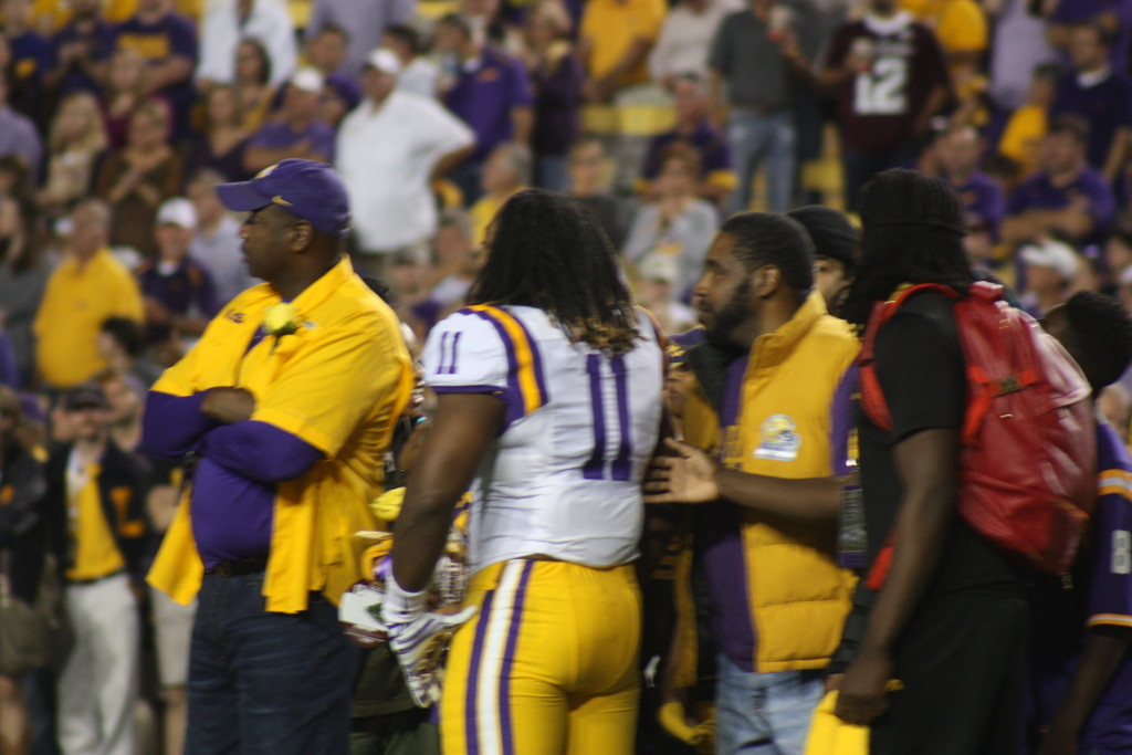 LB Lamar Louis hangs out with his family.